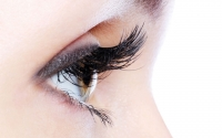 Natural Alternatives to an Eyelash Growth Serum