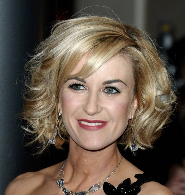 Medium Length Hairstyles for Women over 40 Picture